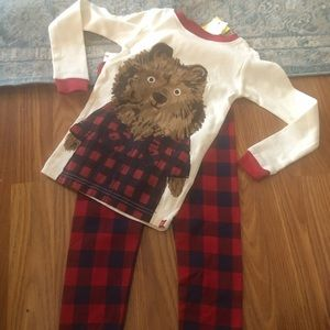 Gap 3T 2T Pajamas NWT